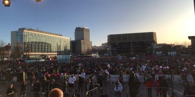Live-Demo aus Leipzig, wir schreiben Geschichte