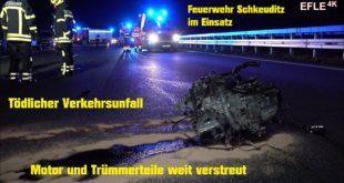 [Herausgerissener Motor und Fahrzeugteile] Tödlicher Verkehrsunfall A14 Leipzig-Nord [18.12.2020]