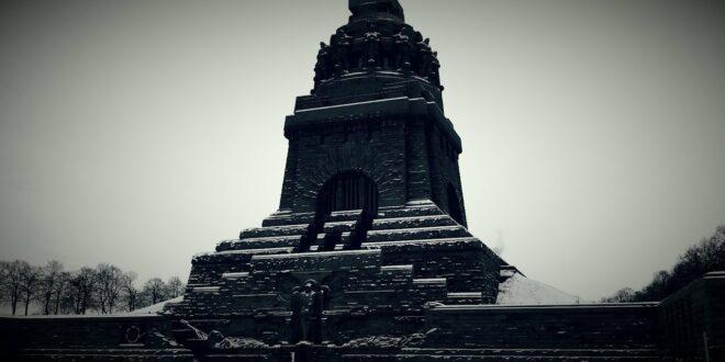Im Völkerschlachtdenkmal ~ Rundgang durch das Denkmal der Völkerschlacht ~ 01-2014