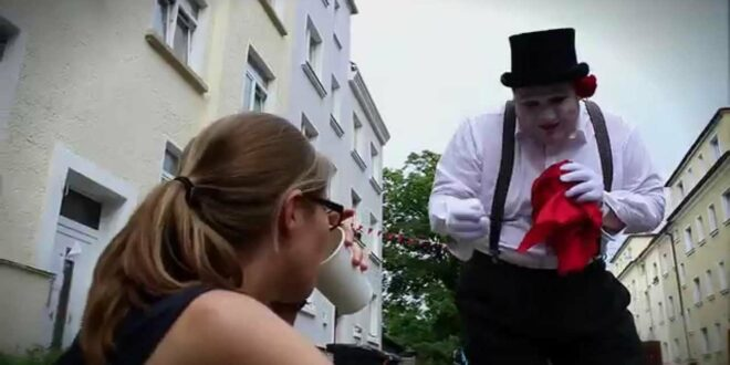 Aladino Rose - Magie beim Straßenfest - Bülowstraßemusikvestival Leipzig - Magischer Clown