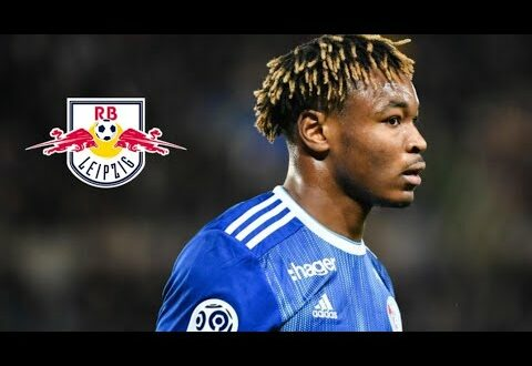 Mohamed Simakan ● Willkommen bei RB Leipzig ● Die verrücktesten Tackles & Defensive Skills HD